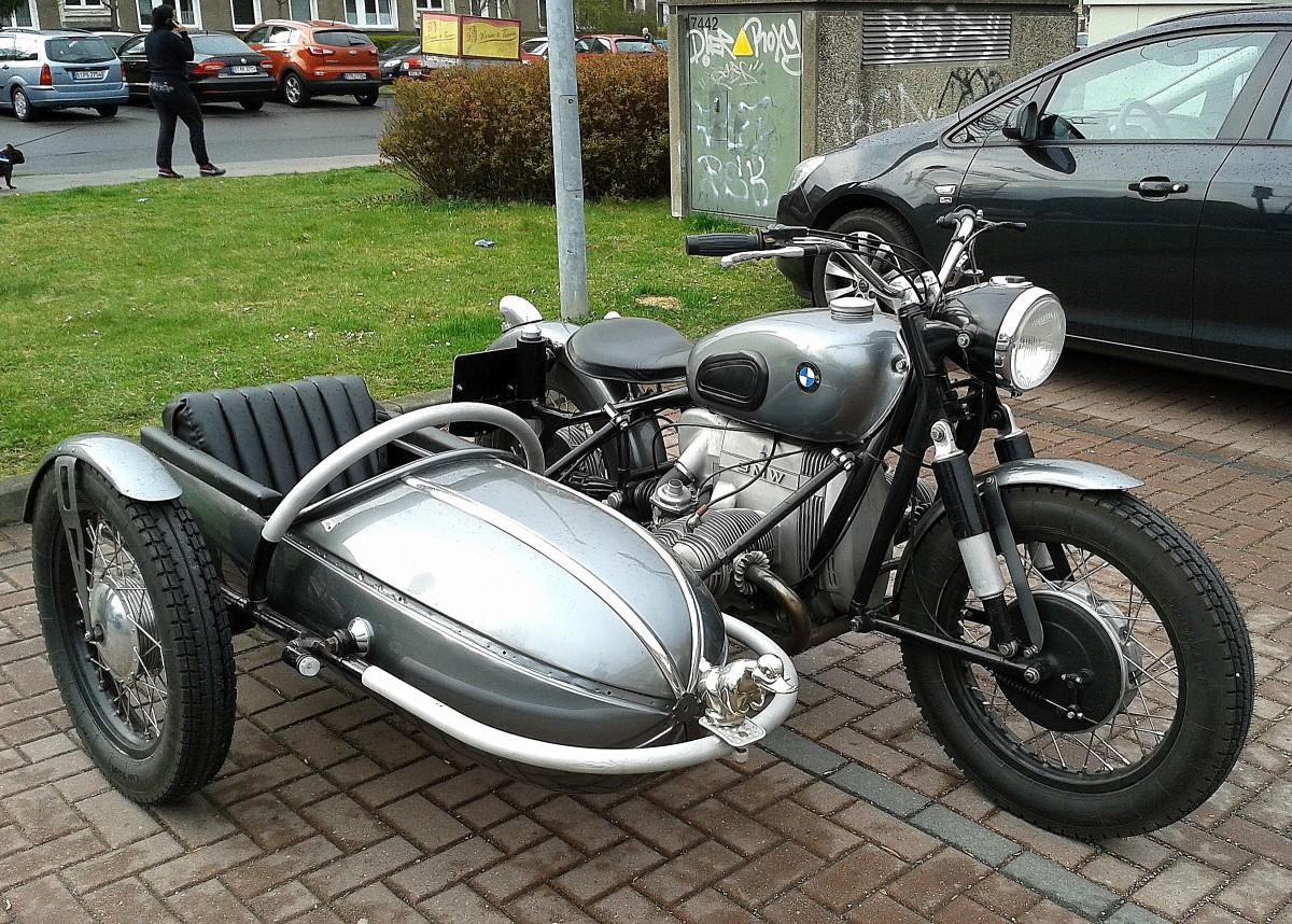 lteres bmw motorrad typ mit beiwagen mit entenfigur. Black Bedroom Furniture Sets. Home Design Ideas
