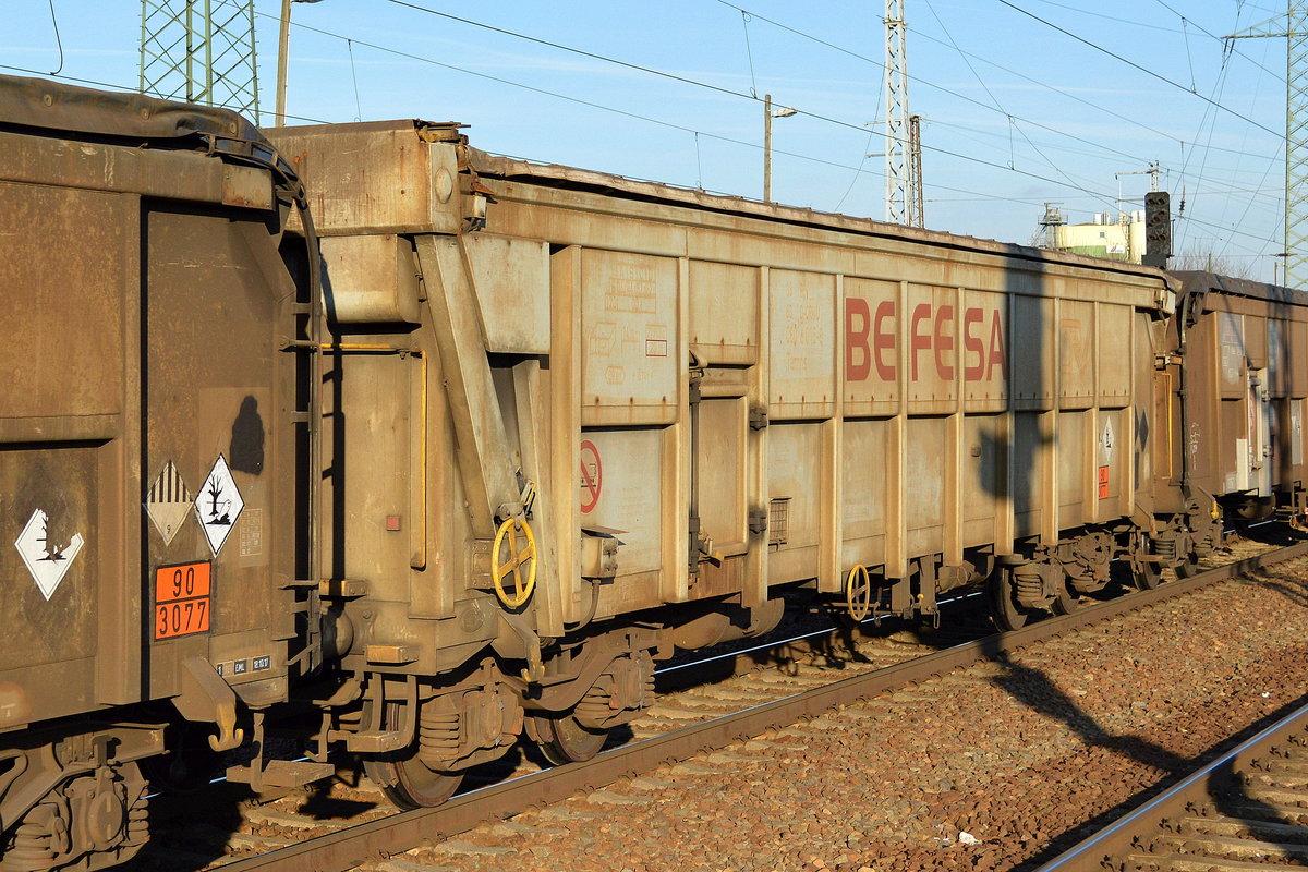 Drehgestellwagen (mit Rolldach) vom Einsteller On Rail GmbH mit der ...