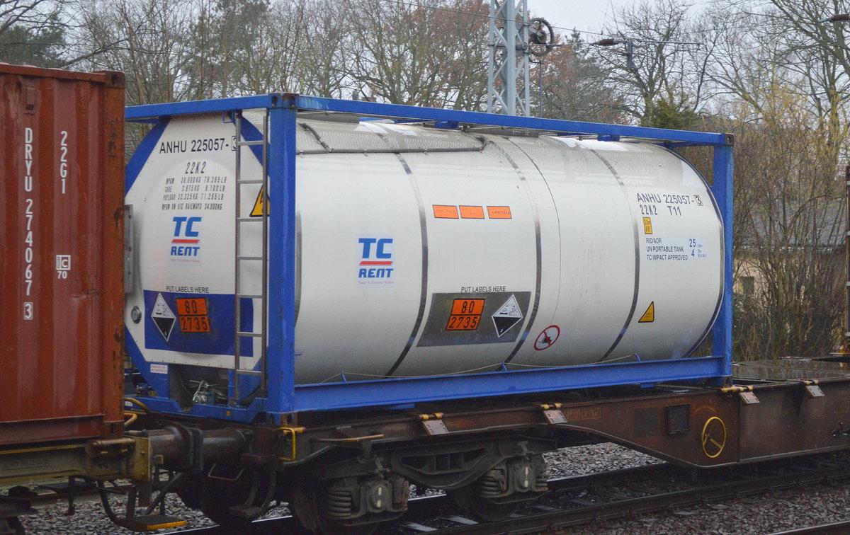 ein 30 r tank container der fa anhalt tc rent gmbh co kg un nr 80 2735 amine fl. Black Bedroom Furniture Sets. Home Design Ideas