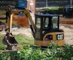 caterpillar-cat/86197/leasingbagger-ein-cat-305c-cr-minibagger Leasingbagger, ein CAT 305C CR Minibagger am 08.09.09 Berlin.