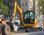 JCB/97666/ein-minibagger-jcb-8045-zts-der Ein Minibagger JCB 8045 ZTS der Fa. BODE am 06.10.10 Baustelle Berlin-Pankow Vinetastr.