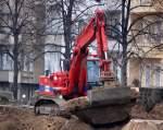 LIEBHERR/84488/ein-liebherr-924-litronic-der-baufirma Ein LIEBHERR 924 Litronic der Baufirma EUROVIA bei den Abrißarbeiten S-Bhf. Berlin-Baumschulenweg am 19.12.07