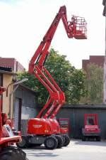 sonstige/106922/teleskoparbeitsbuehnen-der-leasingfirma-loxam-typ-am Teleskoparbeitsbühnen der Leasingfirma LOXAM, Typ? am 30.08.09 auf dem Firmenhof Berlin Tegel.
