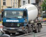 Betonmischer/107773/ein-mb-actros-3225-betonmischfahrzeug-der Ein MB ACTROS 3225 Betonmischfahrzeug der Fa. BERGER, 19.05.10 Spandauer Damm Brücke.