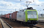 ITL/Captrain 185 543-6 mit Containerzug am 18.04.16 Bhf.